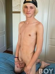 Gay Boy Kayden Alexander