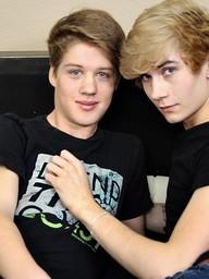 Gay Boys Alex Grahamson And Dakota White