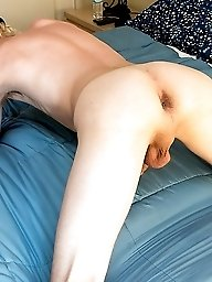 Kayden shows off his ass and jerks a load from his big dick!