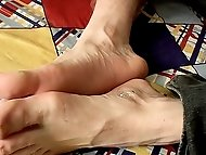 Sexy straight boy Billy shows off his feet and strokes...